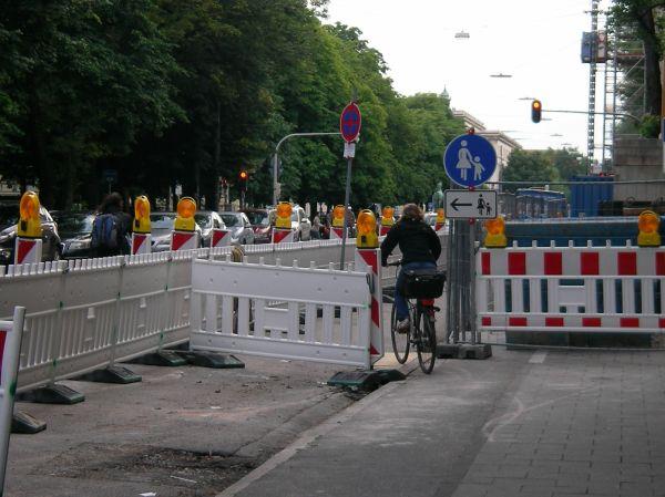 Baustelle vor der TU in der Arcisstraße