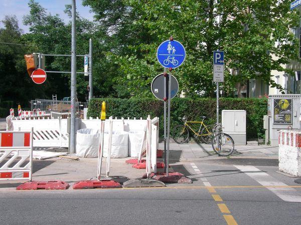 Querung der Baustelle Schellingstraße