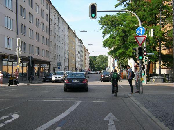 Luisenstraße Kreuzung Theresienstraße