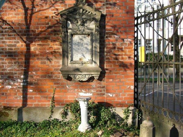 Gartensäule Friedhof
