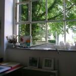 Atelierfenster in der Adalbertstraße