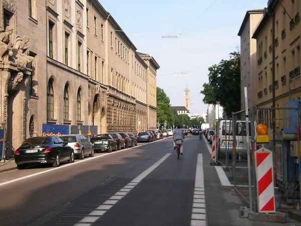 Ende des Radstreifens Gabelsbergerstraße