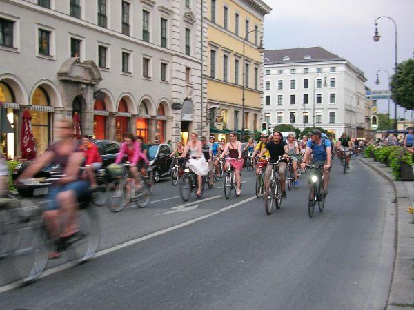 Teilnehmer der Radlnacht