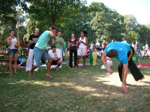 Capoeira im Englischen Garten
