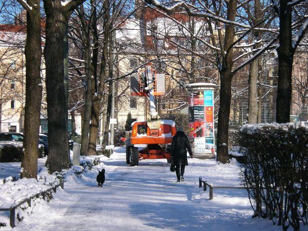 Radweg in der Tengstraße mit Schnee