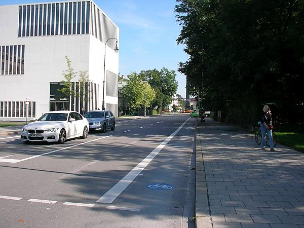 Radfahrstreifen Brienner Straße