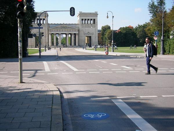 Radwege Königsplatz