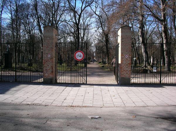 Friedhofszugang Arcisstraße