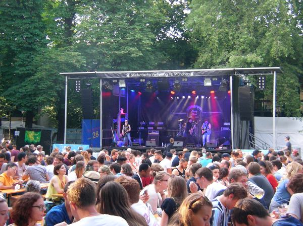 Tunix Open Air am Abend